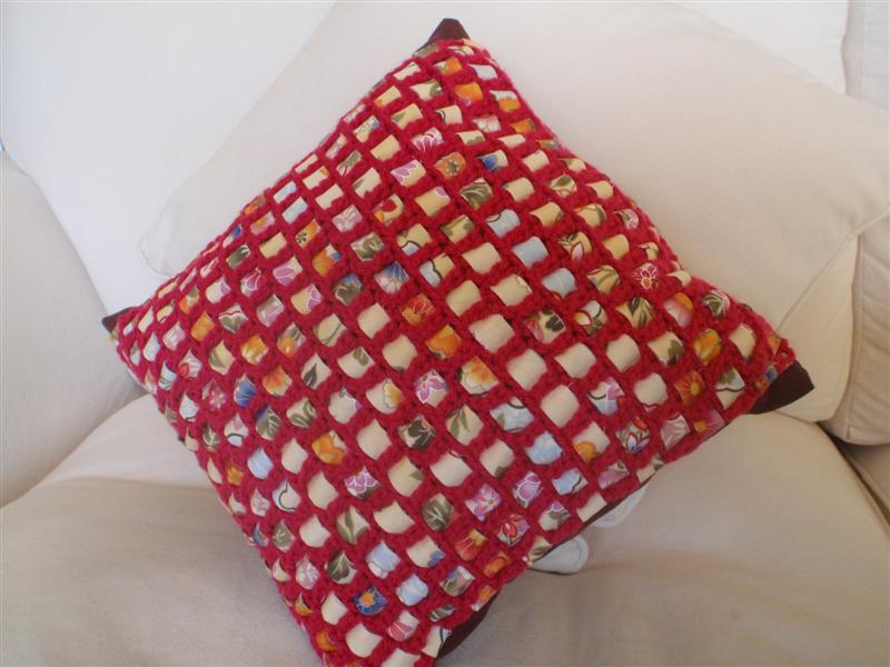 I love crochet cushion cover project
